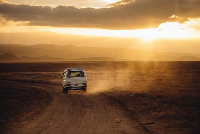 Czym najpoprawniej jechać do pracy czy na wakacje prywatnym środkiem transportu tak czy nie?